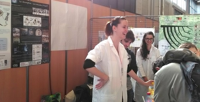 GReD's PhD students stimulate scientific career interest at Exposciences